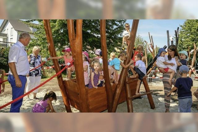 Neues Spielgerät für Kindergarten St. Anna in Mahlberg