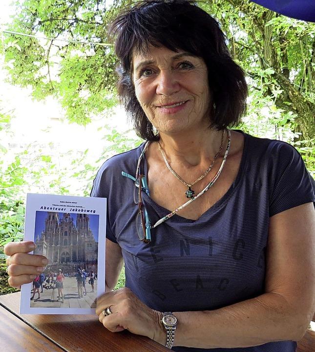Den Jakobspilgerweg kann Gabie Oehrle ...ng hat sie  als Buch veröffentlicht.    | Foto: suedkurier