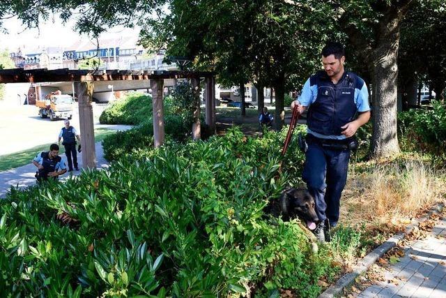 Freiburger Polizei findet Drogenverstecke bei nächtlichem Großeinsatz
