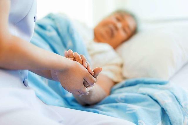 Pflege in Einzelzimmern: Bei der Umsetzung hapert es seit 10 Jahren