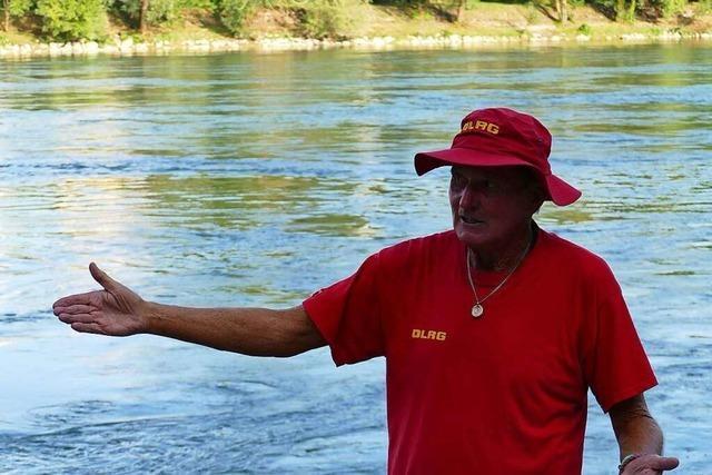 Mit diesen Tipps kann man sicher im Rhein schwimmen