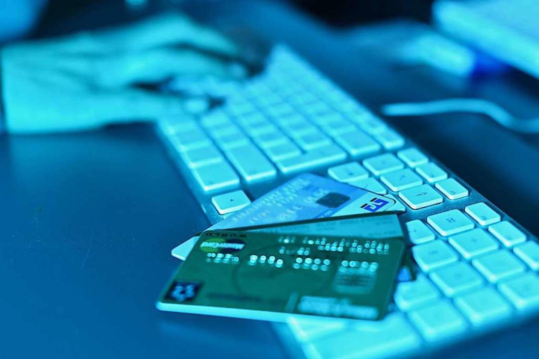 Kriminelle fischen im Netz nach persönlichen Daten – und nach Geld.  | Foto: Uli Deck