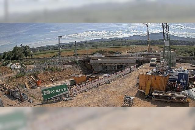 600 Tonnen schweres Brückenteil installiert