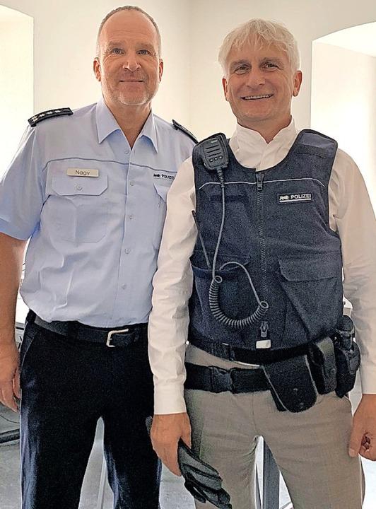 Andreas Nagy (links) mit dem Bundestagsabgeordneten Gerhard Zickenheiner   | Foto: Marei Hoppe