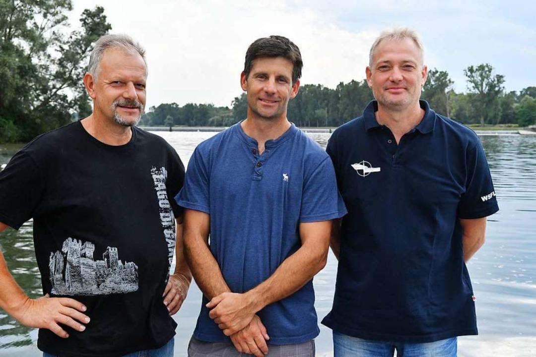 Sie lieben den Sport auf dem Wasser (v...scher, Alexander King und Frank Oberle  | Foto: Wolfgang Künstle