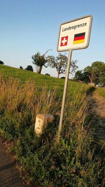 Mit dem Auto darf man nicht über die Grüne Grenze fahren.  | Foto: Kathrin Ganter