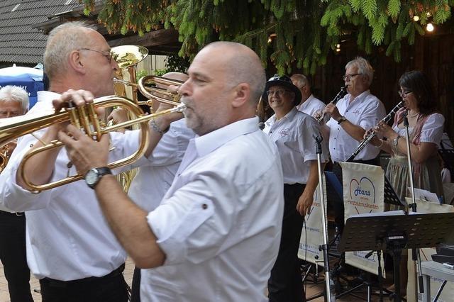 Musikalische Botschafter beim Stubbehansel-Fest