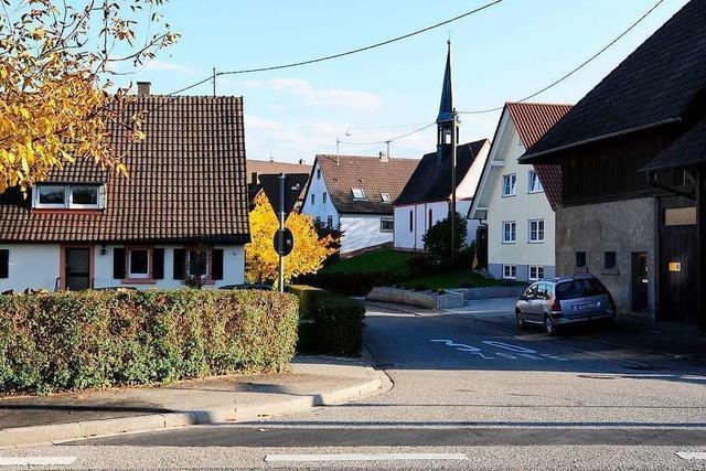 63-jährige Radfahrerin in Freiburg-Benzhausen verletzt – Polizei sucht Zeugen