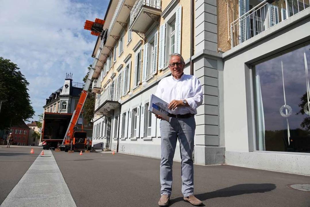 Chris Leeman am Schützen, der für 18 Millionen Franken grundlegend saniert wird.  | Foto: Valentin Zumsteg