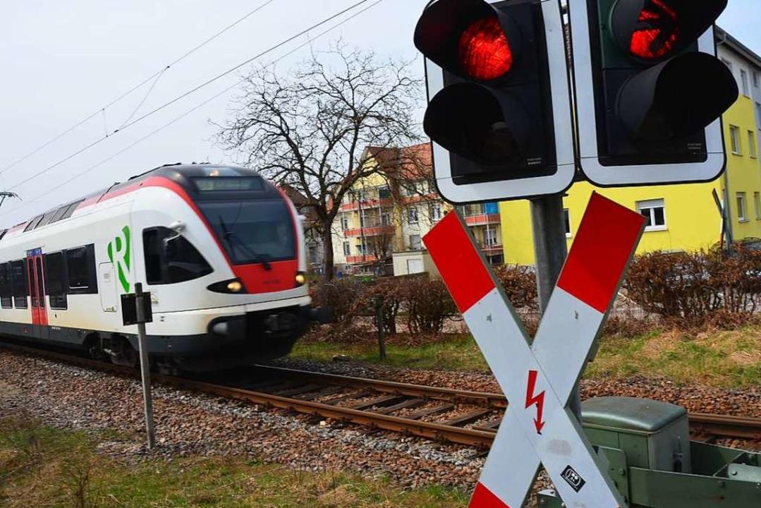 Der Fahrer einer nahenden S-Bahn konnte noch rechtzeitig bremsen.  | Foto: André Hönig