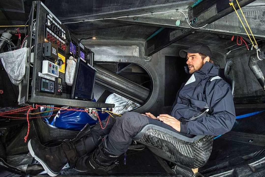 Boris Herrmann an Bord  | Foto: Andreas Lindlahr (dpa)