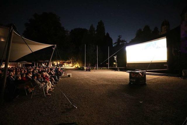 Ausverkaufter Auftakt des Open-Air-Kinos