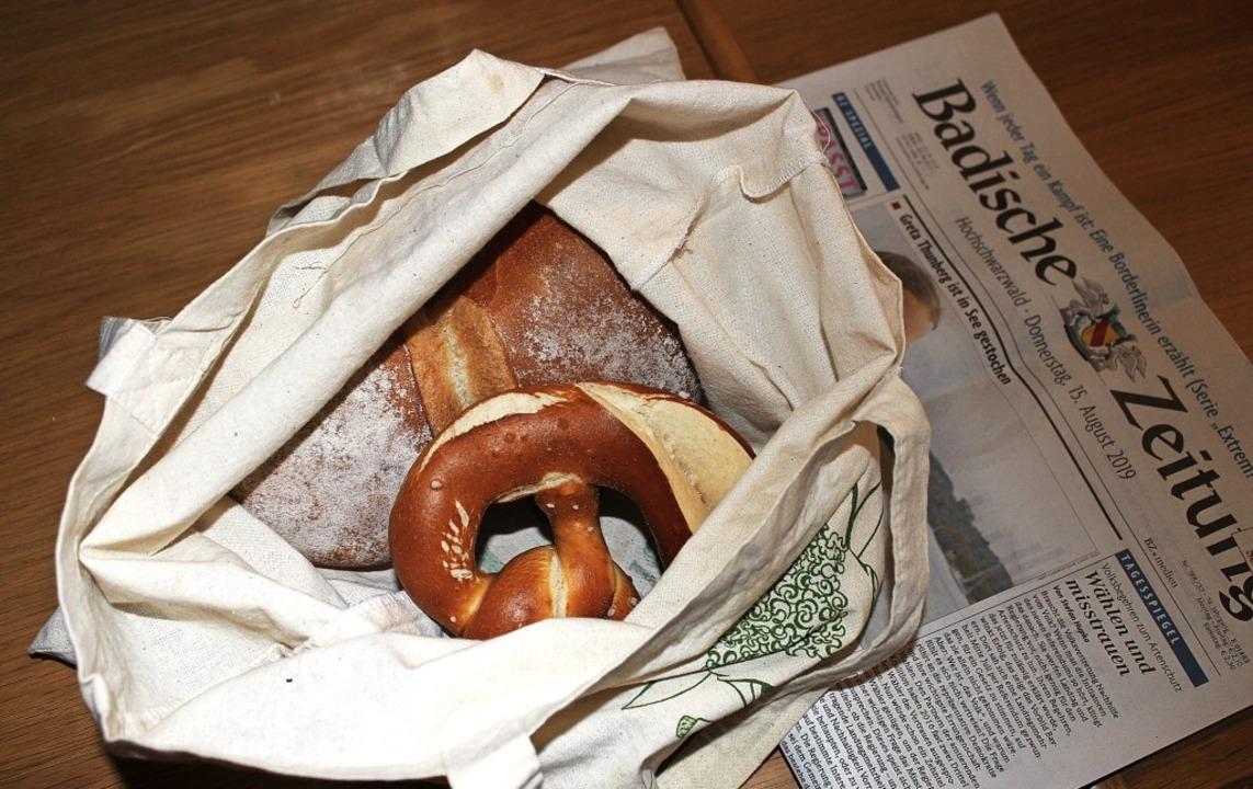 Frische Brötchen auf dem Frühstückstis...uf einen Weckle-Service zurückgreifen.    Foto: Christa Maier