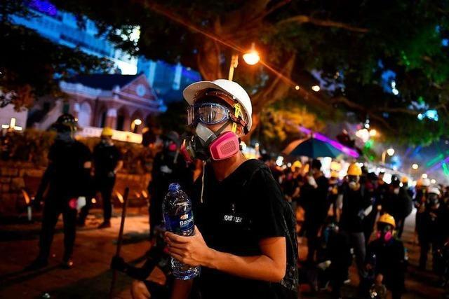 China droht Demonstranten in Hongkong mit Gewalt