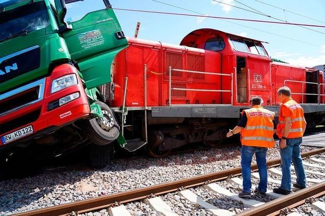 Reparatur der Schwarzwaldbahn-Strecke dauert noch bis Samstag