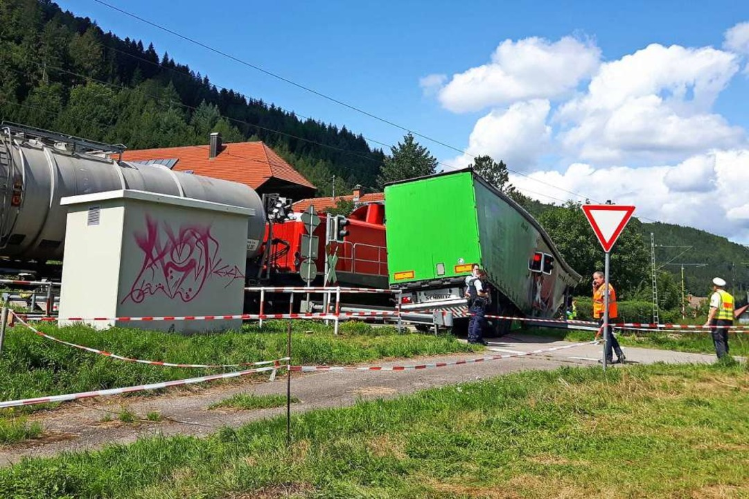 Ein Güterzug ist am Mittwoch, 14. Augu...eil entgleist. Verletzt wurde niemand.  | Foto: Hubert Röderer
