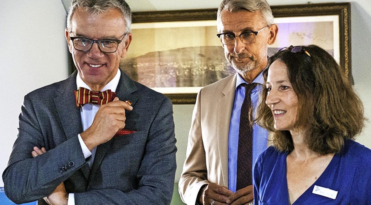 Führung durchs Dreiländermuseum: Botsc...uster und Mitarbeiterin Susanne Raible  | Foto: Ansgar Taschinski