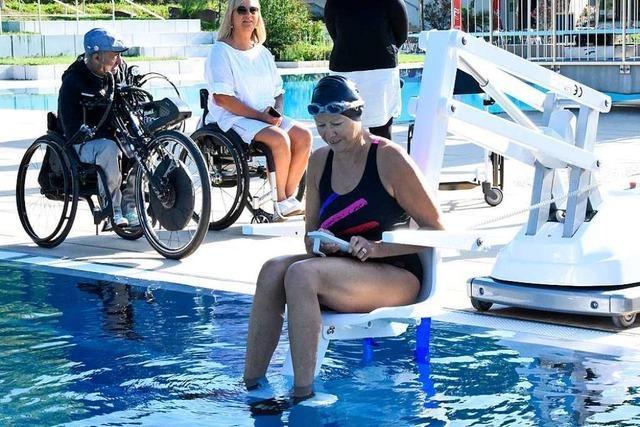 Wie Schwimmbäder Menschen mit Handicaps das Baden erleichtern