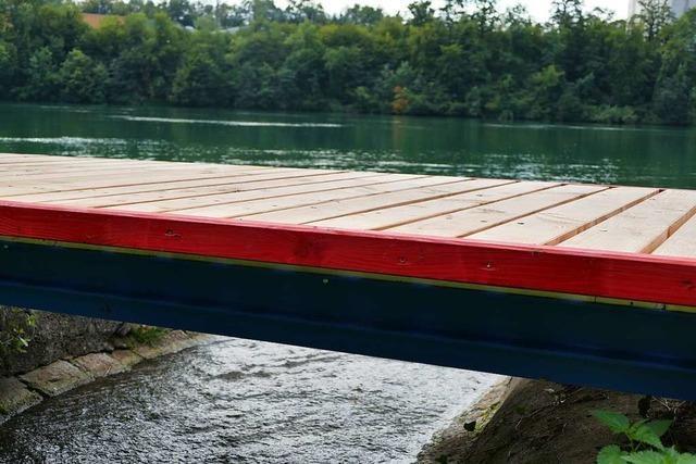 Am Hertener Loch gibt es neue Stege am Rhein