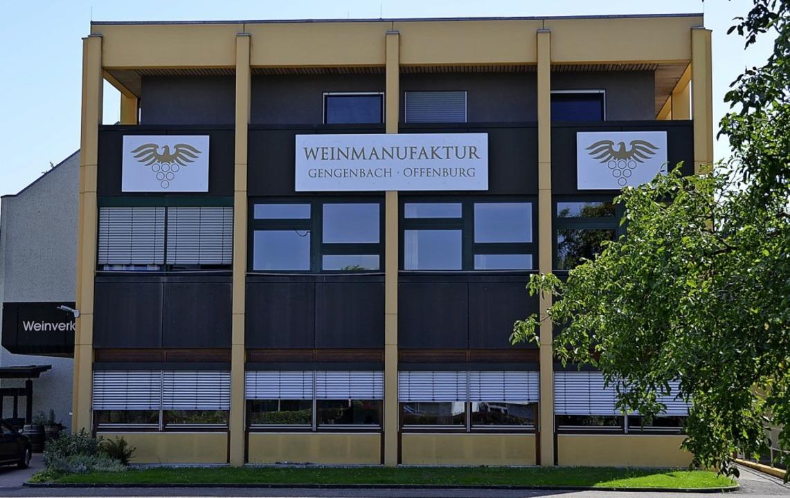 Der Stammsitz der Weinmanufaktur Genge...Offenburg, direkt an der B 33 gelegen   | Foto: hrö