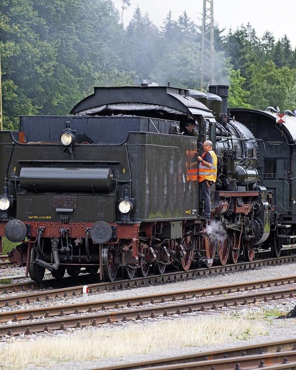 Die Dampflokomotive ist der  Star beim Bahnhofsfest in Seebrugg.  | Foto: Wolfgang Scheu