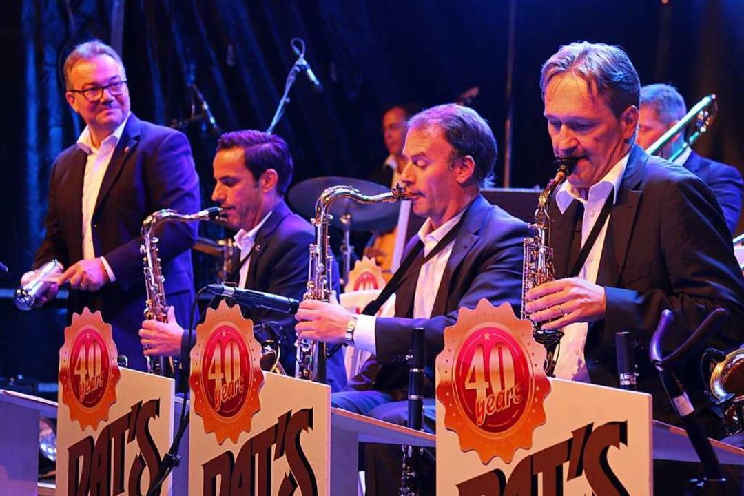 Pat's Big Band mit Peter Eichinger (zweiter von links)    Foto: Katharina kubon