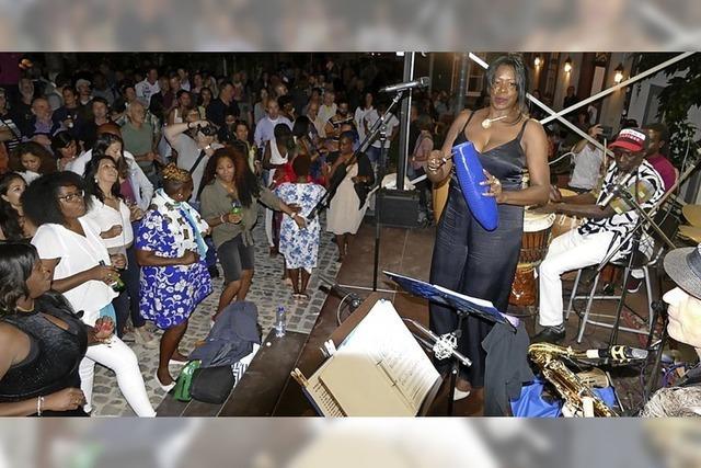 Em Bebbi sy Jazz bringt Basel zum Tanzen