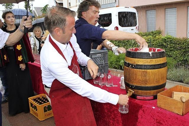 Weinfest wird mit Freibier eröffnet