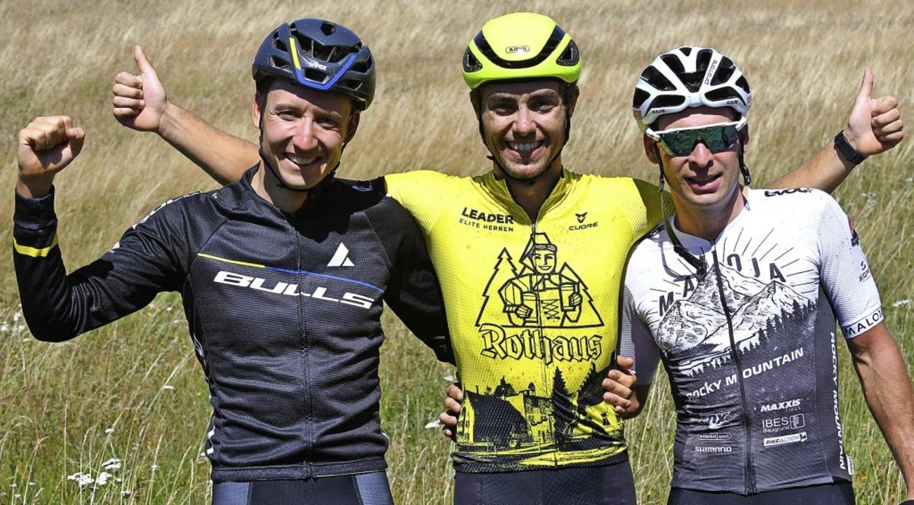 Die drei Besten beim Mountainbike-Etap...chts Sascha Weber, der Dritter wurde.     Foto: Wolfgang Scheu