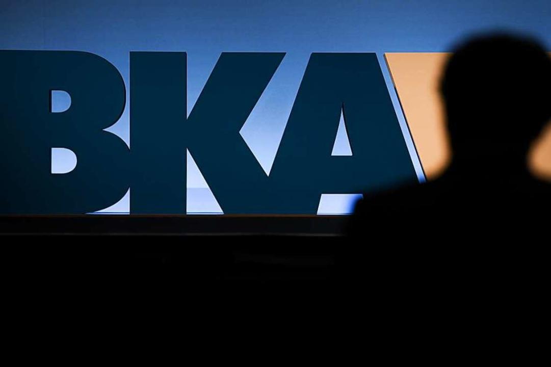 Das BKA soll neue Strukturen bekommen,...zienter im Kampf gegen Rechts zu sein.  | Foto: Arne Dedert (dpa)