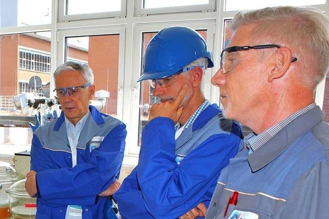 Der Landesbischof war zu Besucht bei der Chemiefabrik DSM in Grenzach-Wyhlen