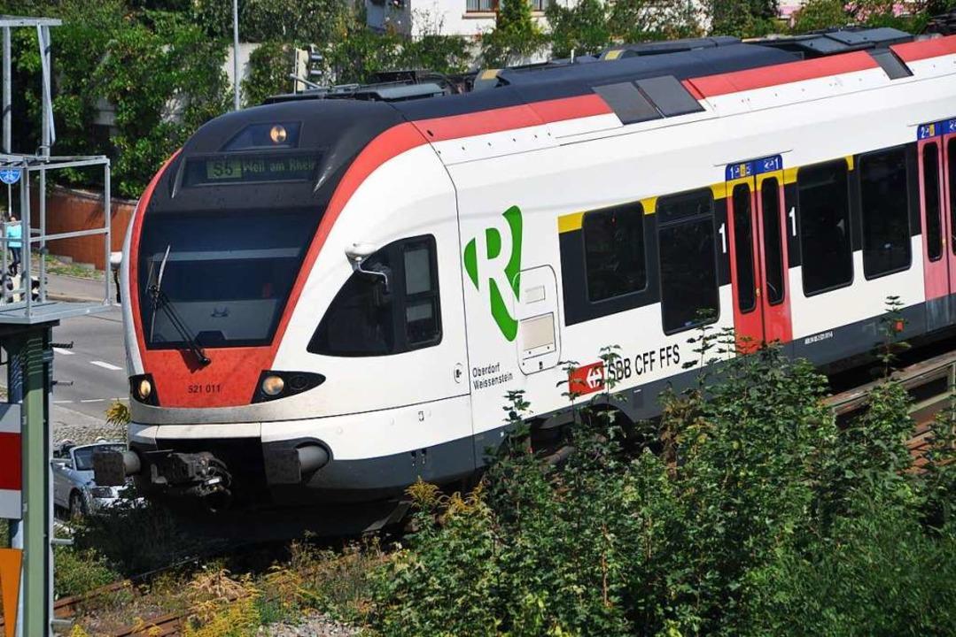 Auf der Strecke zwischen Lörrach und Weil fahren derzeit mehr Züge (Symbolbild).  | Foto: Daniel Gramespacher