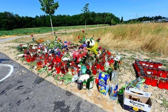 Trauerort im Gewerbegebiet für getöteten 24-Jährigen