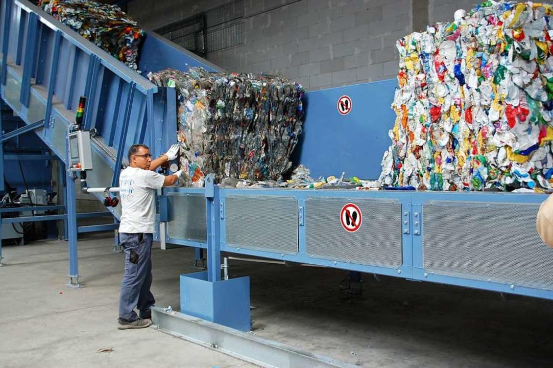 Wertvoller Rohstoff für Soprema: Plastikmüll  | Foto: Bärbel Nückles