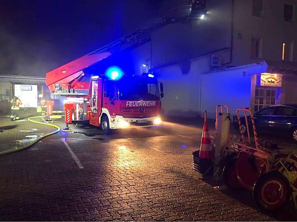 Das Feuer im Tanzlokal Kutscherstube w... der Weiler Wehr an diesem Wochenende.  | Foto: Privat