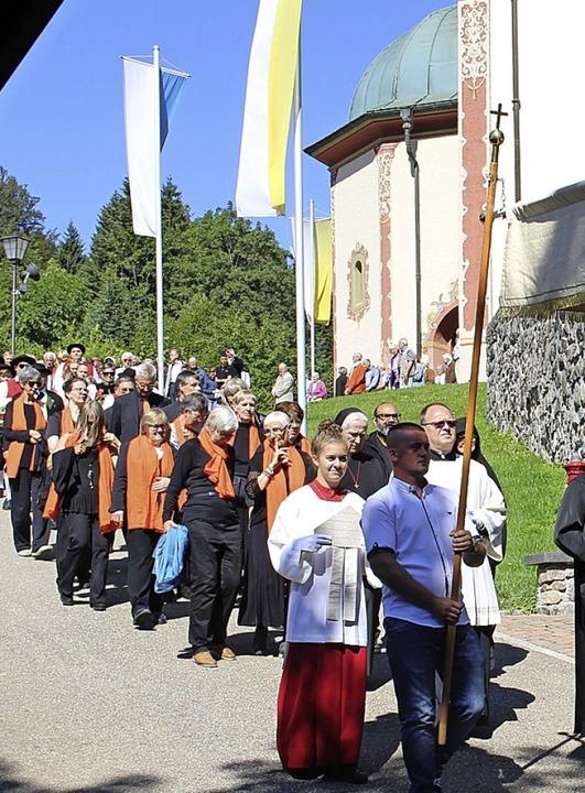 Das Patrozinium wurde bei bestem Wetter gefeiert.    Foto: Hansjörg Bader