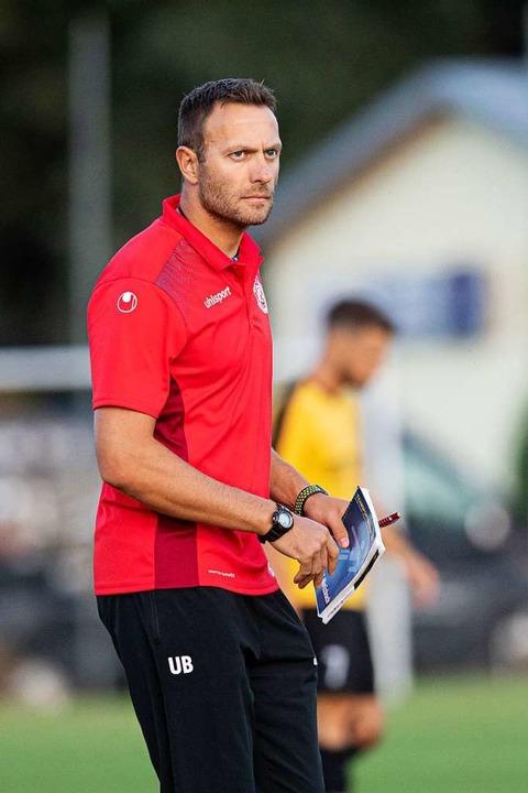 Nichts zu lachen in Gutmadingen: FCL-Trainer Uli Bärmann   | Foto: Wolfgang Scheu