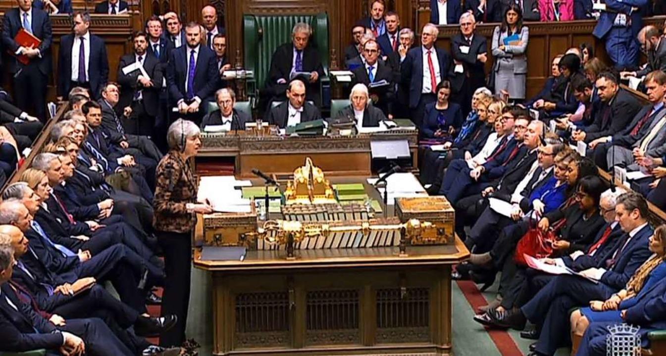 Johnsons Amtsvorgängerin Theresa May s...m geplanten EU-Austritt auszuschalten.  | Foto: House Of Commons