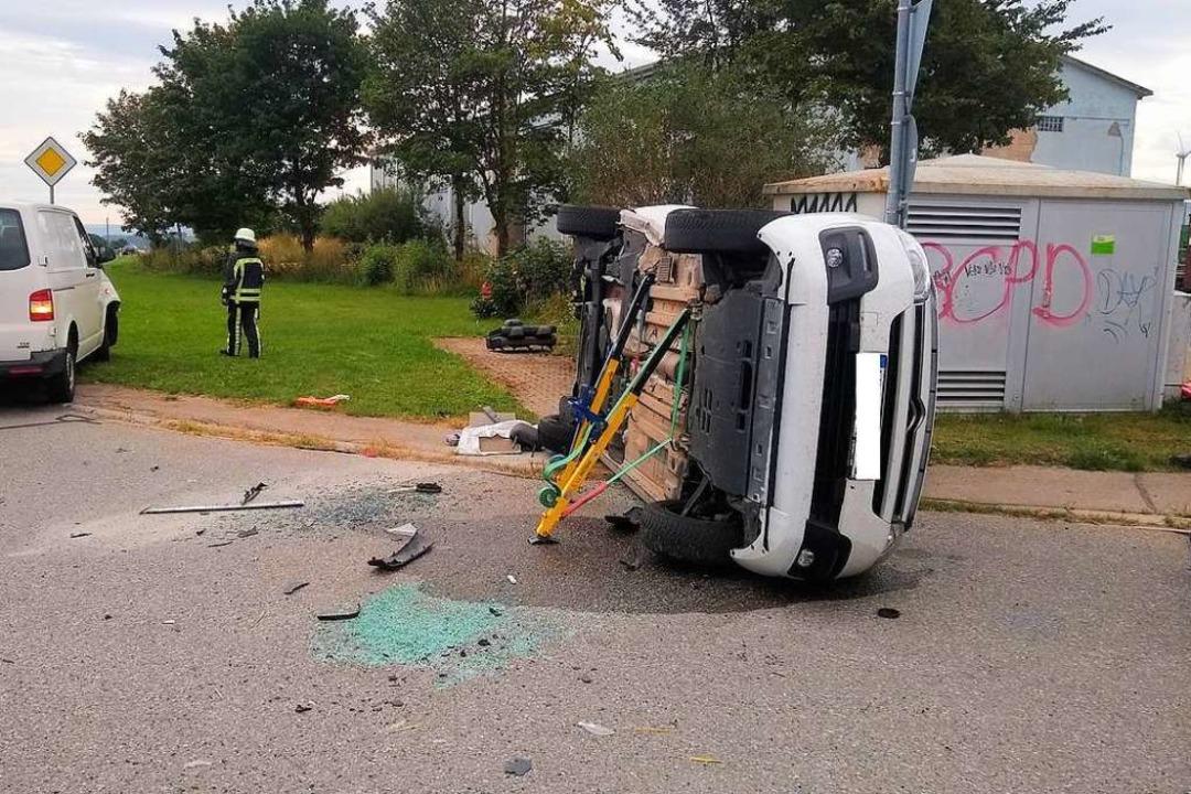 Ein Unfall ereignete sich am Samstag a...euzung zum Gewerbegebiet Breitenfeld.   | Foto: Olaf Thor