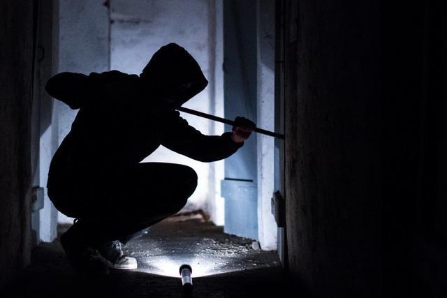 Einbrecher in den Pfarrhäusern in Kirchzarten und Buchenbach