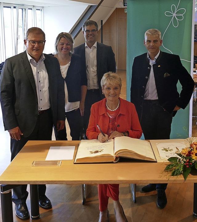 Gemeinsam für die Landesgartenschau 20... und Landtagsabgeordneter Patrick Rapp  | Foto: Susanne Ehmann