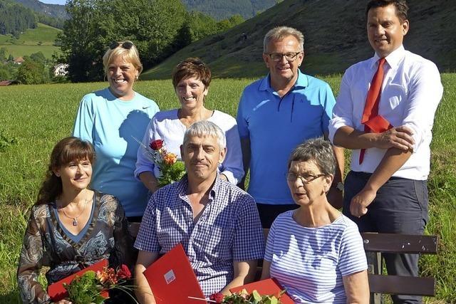 Sechs Ortsvereinsmitglieder für lange Treue zur SPD geehrt