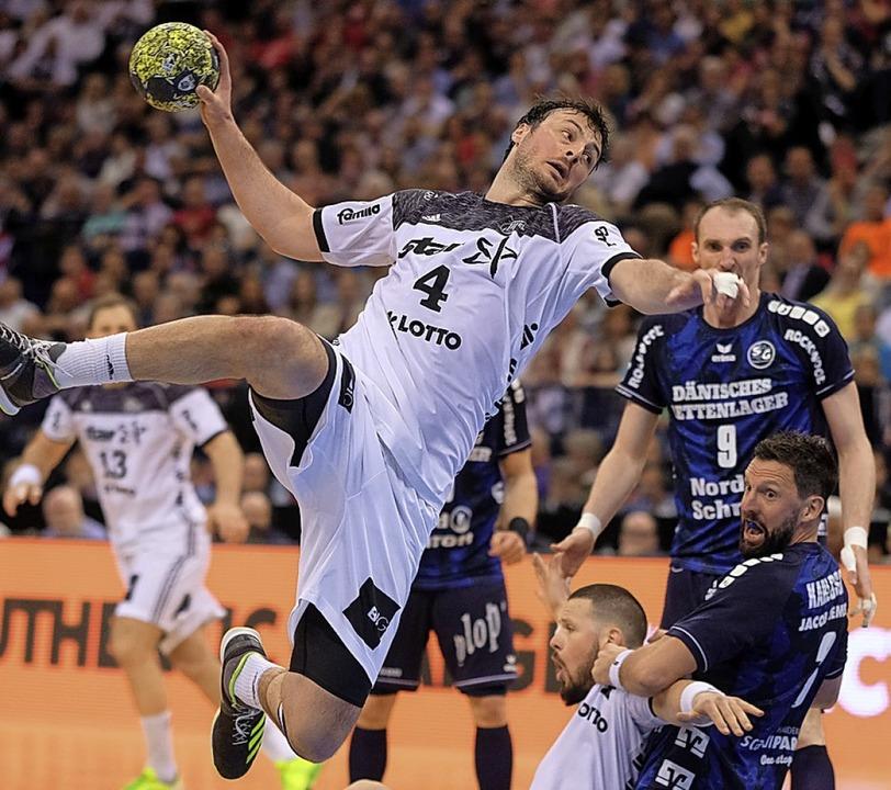 Treffen sich zum 100. Derby: Die Handb... und Flensburg kämpfen um den Supercup  | Foto: Axel Heimken