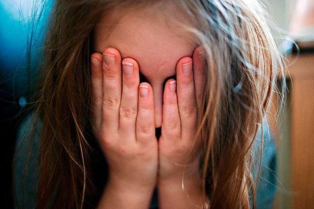 Im Kreis Lörrach melden mehr Menschen Kindeswohlgefährdungen