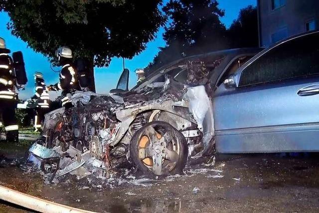 In Kippenheimweiler ist schon wieder ein Mercedes ausgebrannt
