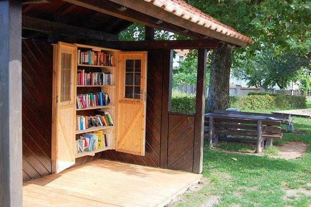 Das hat es mit dem Bücherhisli und der Buchhaltestelle auf sich