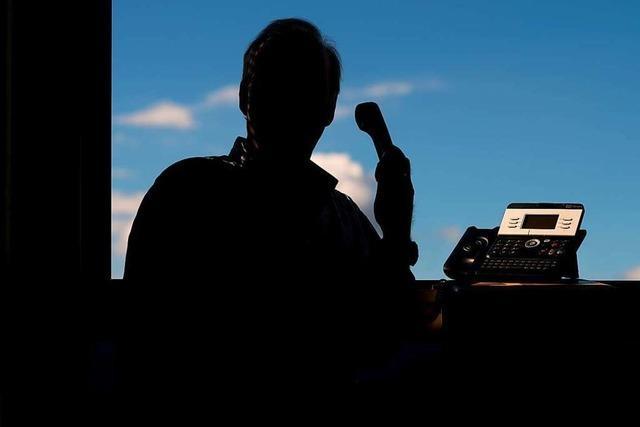 Falsche Polizisten erfragen persönliche Daten