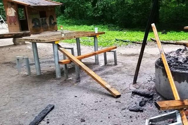 Gemeinde verspricht 500 Euro Belohnung nach Vandalismusfällen auf Spielplatz