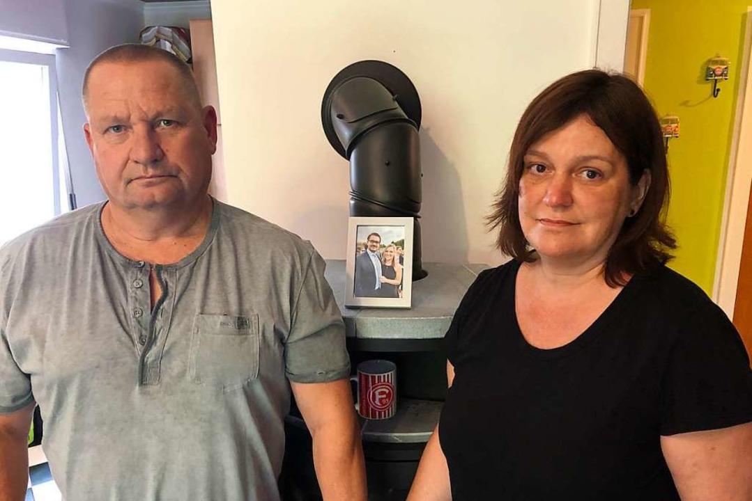 Olaf und Carmen B., die Eltern der getöteten Jaqueline    Foto: Axel Spilcker