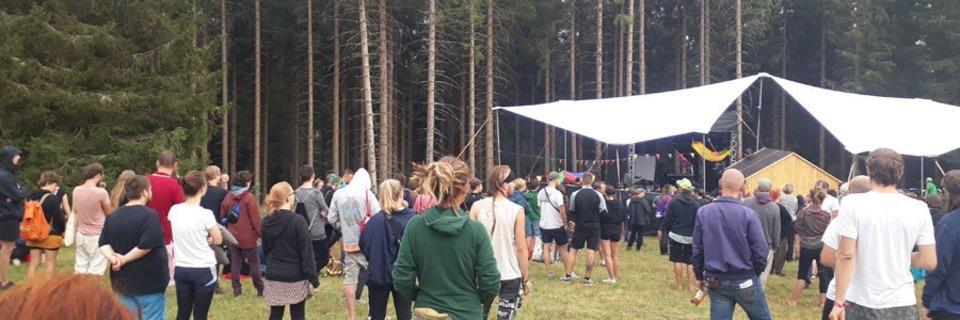 AMS Camp: Ein selbstorganisiertes Festival mit Musik und Workshops